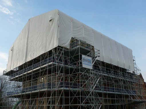 Layher Keder XL Roofing System helps to meet major construction company needs – without disturbing the local wildlife