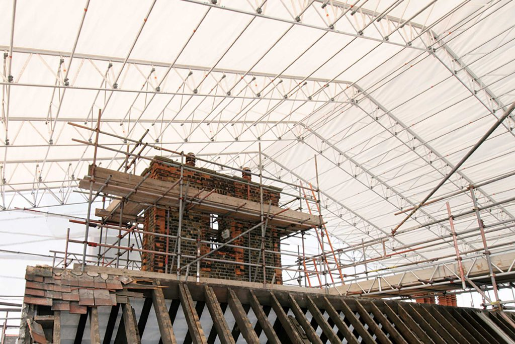New Keder Xl Roof Moving Times In London Layher Uk
