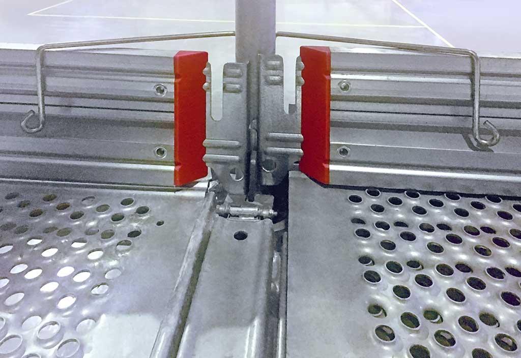 Steel Toe For Scaffolding Boards : Product innovation toe board retention device layher uk