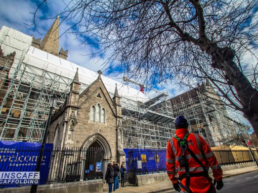 Partnership approach sees Ainscaff, Layher Allround scaffolding & temporary roof systems and Clancy bring important benefits to cathedral roof repairs